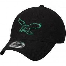 Men's Philadelphia Eagles New Era Black Historic Logo Tone Tech Three 39THIRTY Flex Hat 3065720