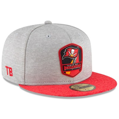 Men's Tampa Bay Buccaneers New Era Heather Gray/Red 2018 NFL Sideline Road Official 59FIFTY Fitted Hat 3058386