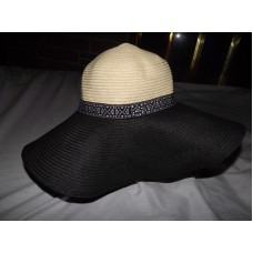 UNBRANDED WIDE BRIM PAPER  POLY PACKABLE BEACH HAT ONE SIZE EXCELLENT CONDITION   eb-86272413