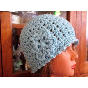 New Crocheted Handmade s hat/beanie/cloche with flower Ice Blue  eb-48134893